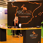 La industria de la caza también estuvo presente en la Feria. En la imagen stand de ASICCAZA.
