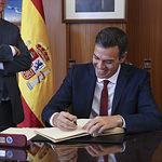 Visita de Pedro Sánchez a la Base Aérea de Los Llanos de Albacete, Ala 14. Foto: Fernando Calvo