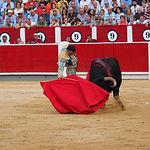 Enrique Ponce - Segundo toro - Corrida Feria Albacete 08-09-16 vídeo