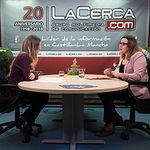 María Díaz, vicepresidenta segunda de las Cortes de Castilla-La Mancha, junto con la periodista Miriam Martínez.