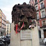 Monumento en homenaje a los abogados laboralistas asesinados por una banda de ultraderecha en la madrileña calle de Atocha en el año 1977.