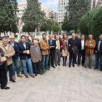 Miembros del Jurado de los Premios Taurinos Samueles realizada en el año 2016, en ella se puede ver al Maestro entre los Maestros, todavía vivo, Dámaso González, que falleció al año siguiente.