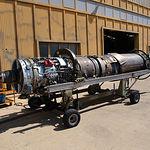 Motor de un Mirage F-1 en fase de mantenimiento y comprobación.