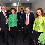 El presidente Barreda, durante la recepción en la Embajada de España por el embajador en Japón, Javier Conde, en su viaje oficial para asistir a los actos programados en la Exposición Universal de Aichi con motivo de la 'Semana de Castilla-La Mancha', el 17 de mayo de 2005.