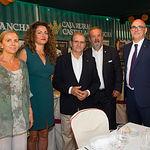El presidente de Caja Rural Castilla-La Mancha, junto a otros miembros de la entidad financiera, en la Feria de Albacete