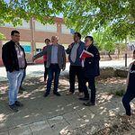"""El Gobierno regional conoce las necesidades de la comunidad educativa del CEIP """"San Roque"""" en Villalgordo del Júcar"""