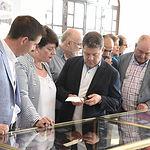 El presidente de Castilla-La Mancha, Emiliano García-Page, realiza una visita al espacio de la Asociación de Empresarios de la Cuchillería y Afines (APRECU).