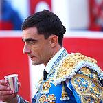 Paco Ureña - Su primer toro - Feria Taurina Albacete - 14-09-16 - Para web