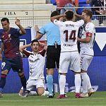 Fútbol Huesca - Albacete - Imagen del Albacete en el campo del Huesca.