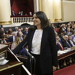 Donelia Roldán recoge su acta de senadora. Foto: David Corral [POVEDANO FOTOGRAFOS]