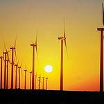 Castilla-La Mancha es referente internacional en la producción de energías limpias. Foto: Parque eólico en Sisante (Cuenca).