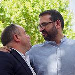 Sergio Gutiérrez, secretario de Organización del PSOE C-LM, visita la Feria de Albacete. En la foto junto a Emilio Sáez, secretario general del PSOE local de Albacete. Foto: Manuel Lozano García / La Cerca