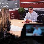 Javier Boj, Secretario general de Juventudes Socialistas en la Provincia de Albacete, junto a la periodista Miriam Martínez