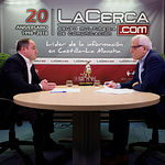 Emilio Sáez, candidato a la alcaldía de Albacete por el PSOE, junto a Manuel Lozano, director del Grupo Multimedia de Comunicación La Cerca