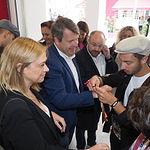 Representantes de Ciudadanos Cs visitan el stand de Encuentro Ciudades Capital de la Cuchillería Albacete 2020 en la Feria de Albacete. Foto: La Cerca - Manuel Lozano Garcia