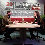 Francisco Núñez, presidente del PP de Castilla-La Mancha, junto a la periodista Carmen García. Foto: Manuel Lozano García / La Cerca