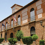 Edificio de la Casa Consistorial de Moral de Calatrava (Ciudad Real), del siglo XVI y estilo toledano.