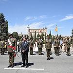 El presidente en funciones de Castilla-La Mancha, Emiliano García-Page, participa en el acto de jura de bandera de personal civil que la Academia de Infantería de Toledo ha organizado en la capital castellano-manchega. (Fotos: José Ramón Márquez // JCCM)