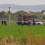 Accidente Eurofighter en Albacete cuando regresaba del desfile de la Fiesta Nacional - 12-10-17. Los restos del fuselaje del avión han quedado esparcidos por los alrededores de la Base Aérea de Los Llanos de Albacete.