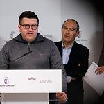 Francisco Javier González, secretario provincial de UGT en Albacete, durante la presentación del Plan Adelante 2020-2023. Foto: Manuel Lozano García / La Cerca