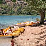 Fundamentalmente en verano es cuando más se nota la afluencia de turistas a las Lagunas.
