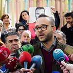 Francisco Valera, candidato al Senado por el PSOE de Albacete, durante la tradicional Pegada de Carteles de las Elecciones Generales del 28A