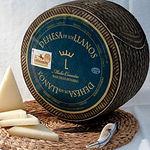 El queso Dehesa de Los Llanos constituye un verdadero deleite para los sentidos.