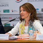 """Aurelia Sánchez, consejera de Bienestar Social de la JCCM, en el III Fórum """"Castilla-La Mancha de Cerca"""" organizado por el Grupo Multimedia de Comunicación La Cerca."""