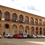 La Lonja Regatería, actual casino de Alcaraz y sede de pequeños comercios.