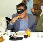 'Desayuno a Ciegas' organizado por la ONCE dentro de la 'Semana Temática'.