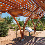 En el Jardín Botánico se han cuidado al máximo todos los detalles para conseguir una integración total y natural de todos los componentes que lo integran.