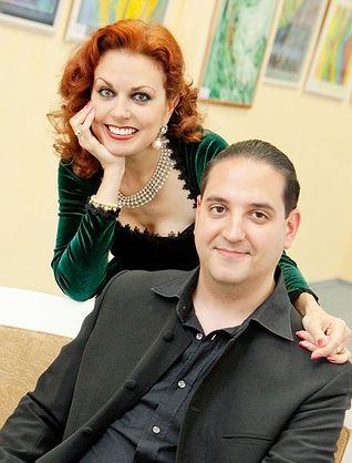 Ana Luisa Espinosa y Pedro Alonso Martínez González.