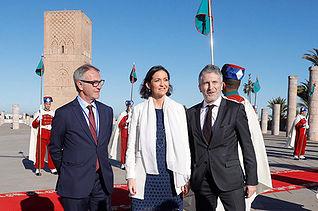 GRAF6836. RABAT (MARRUECOS), 14/02/2019.- El ministro de Cultura, José Guirao (i), la titular de Industria, Reyes Maroto, y el ministro de Interior, Fernando Grande-Marlaska (d), este jueves en Rabat, durante la segunda jornada de la visita de Estado de los reyes a Marruecos. EFE/ Juanjo Martín