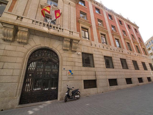 Entre las medidas anticrisis, el PP aboga por reducir algunos impuestos. Foto: Delegación de Hacienda de Albacete.