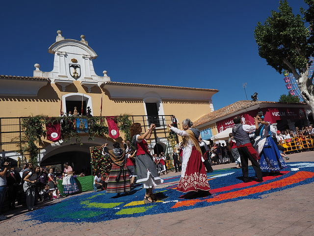 Ofrenda de Flores a la Virgen de Los Llanos en la Feria de Albacete 2017