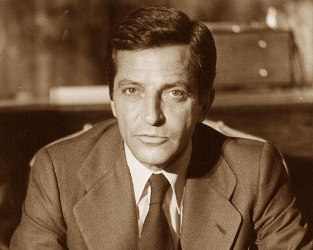 Adolfo Suárez - Expresidente del Gobierno nacional.