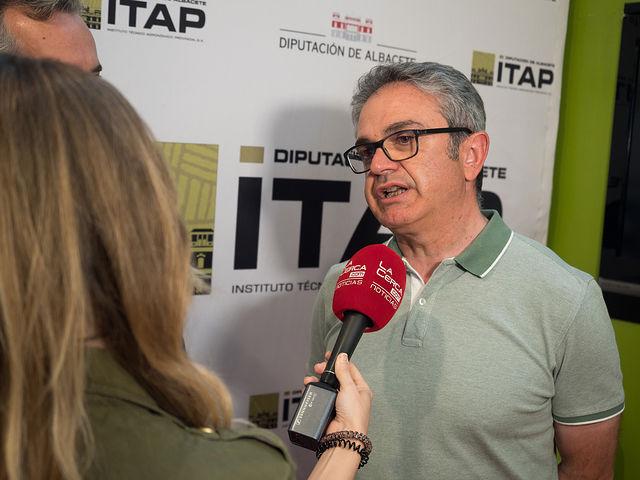 Fernando Mañas, técnico del Servicio de Investigación y Asesoramiento de Cultivos Leñosos del ITAP.