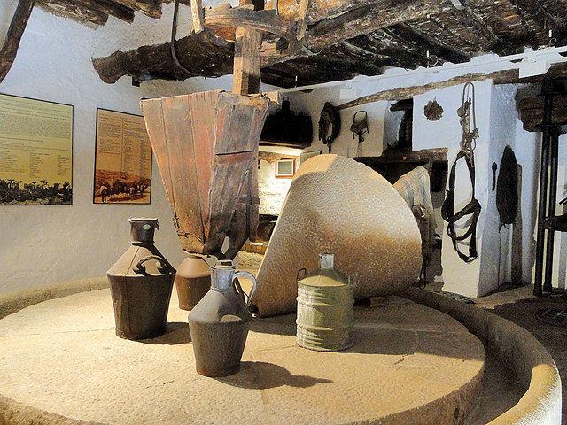 El cultivo del olivo está estrechamente ligado a la historia de Castilla-La Mancha. En la foto, antigua almazara.