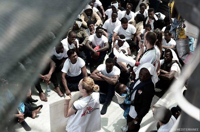 Refugiados del Aquarius. 16-06-18. Foto: Médicos sin Fronteras.