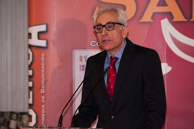 Manuel Lozano Serna, director del Grupo Multimedia de Comunicación La Cerca, durante su discurso en la gala de los VIII Premios Taurinos Samueles.