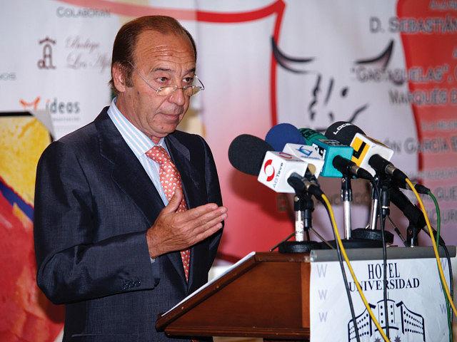 Samuel Flores en un momento de su discurso.