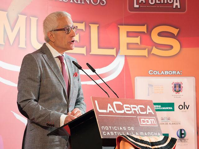 Manuel Lozano, director del Grupo Multimedia de Comunicación La Cerca, en la Gala de entrega de los XI Premios Taurinos Samueles correspondientes a la Feria de Taurina de Albacete 2016