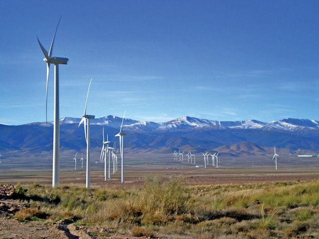 Castilla-La Mancha es la única Comunidad Autónoma donde las competencias de industria, energía, medio ambiente y las TIC están juntas. Foto: Parque eólico de El Marquesado (Guadalajara).