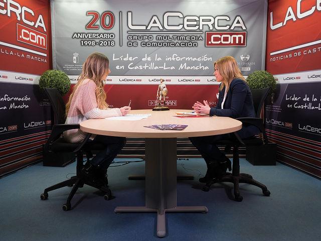 Carmen Picazo, portavoz del Grupo Municipal Ciudadanos en el Ayuntameinto de Albacete, junto a la periodista Miriam Martínez