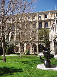 Jardines del Museo de Arte Reina Sofía, antiguo Hospital General de Madrid.