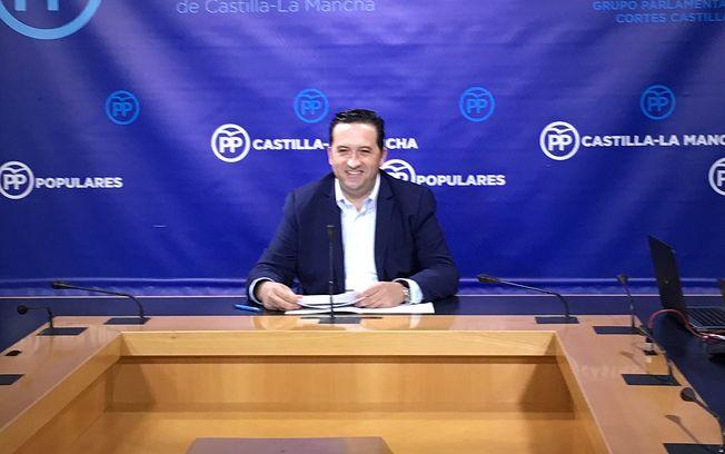 Lucas-Torres, en rueda de Prensa