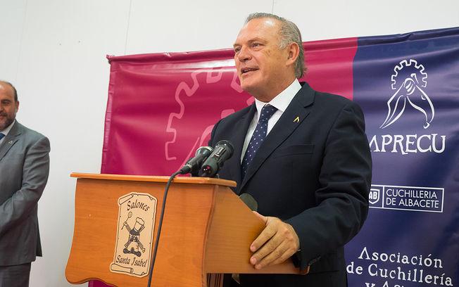Pedro Piqueras, durante la Comida de hermandad que ha celebró la Asociación de Cuchilleria y Afines (APRECU). Imagen de archivo.