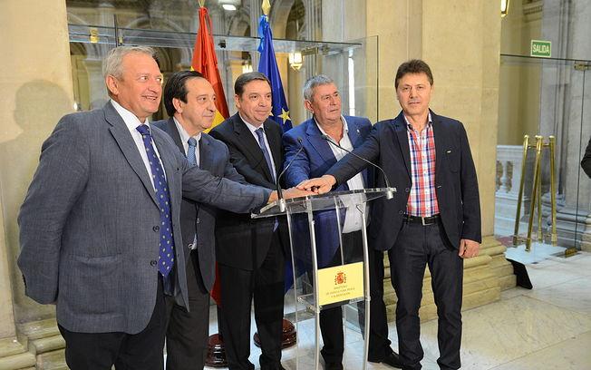 Luis Planas agradece a las organizaciones profesionales agrarias y a Cooperativas Agroalimentarias su apoyo a una propuesta de posición común para la reforma de la PAC