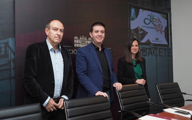 Presentación de  los actos programados con motivo del Día de Albacete en Fitur 2018.