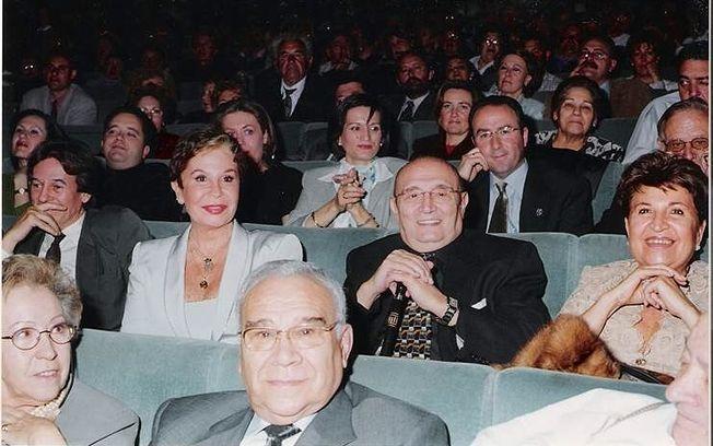 Fotofía del acto de 2001, Albacete, Auditorio, Gala pro telón Teatro Circo y entrega a Lina Morgan del V premio Isbert: Tony Isbert, Lina Morgan, Tony Leblanc e Isabel Paéz.